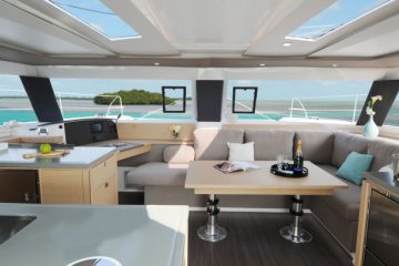Fountaine Pajot Helia 44' - salon