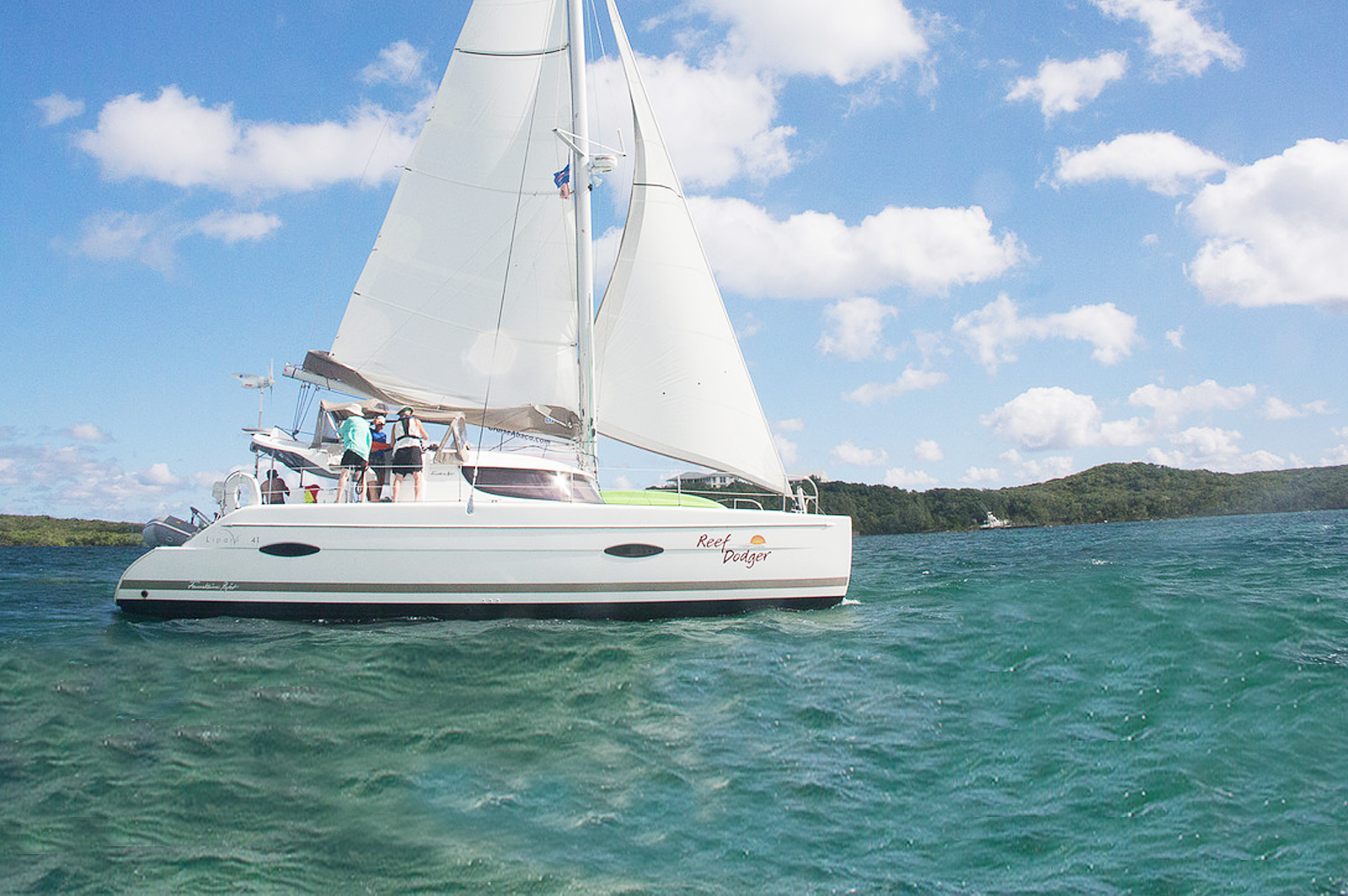 Reef Dodger - Fountaine Pajot Lipari 41'