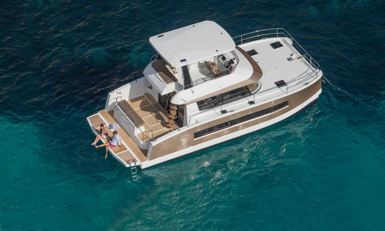 Fountaine Pajot MY 37' - Power Catamaran - exterior view