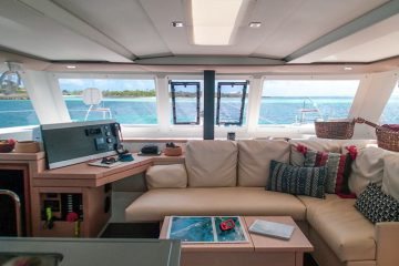 Lucky Cat- Fountaine Pajot Lucia 40' - Interior