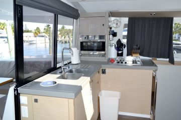 Island Life Gallery : Fountaine Pajot Lucia 40'